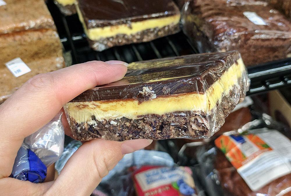 Šokoladinis desertas Nanaimo bar